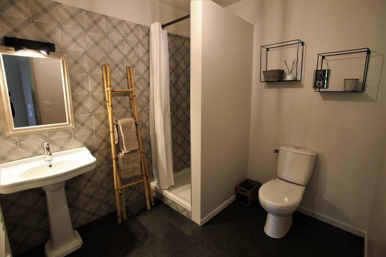 Salle de bain la Sorèze Relais d'Arzac Maison & Chambre d'hôte Tarn 81